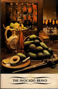 THE AVOCADO BRAVO Cookbook  -  Vintage, 1976 -  All About California Avocados  -  Very Good Condition