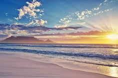Blouberg Strand / Beach - looking south to Table Mountain, Cape, South Africa Places To Travel, Places To Go, Cape Town South Africa, Table Mountain, Out Of Africa, Portland Maine, Africa Travel, Dream Vacations, Beautiful Beaches