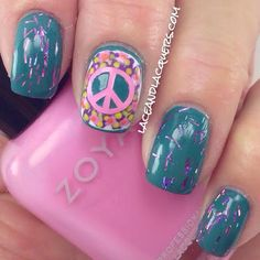 Lace & Lacquers You Polish peace sign groovy nails Pattern Nails, Nail Patterns, Peace Sign Nails, Nail Polish Designs, Nail Designs, Diy Nails, Manicure, Hippie Nails, Nails For Kids