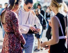 The Latest Street Style Photos From Australian Fashion Week I Chic Street Style