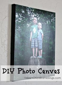 DIY Photo Canvas {Gift Idea} DIY Photo Canvas - easy and much cheaper than ordering it online. Diy Projects To Try, Craft Projects, Photo Projects, Diy Arts And Crafts, Diy Crafts, Diy Canvas, Canvas Ideas, Canvas Board, Architecture Art Design
