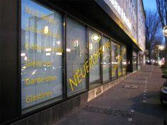 Fertige Schaufensterbeschriftung Company Logo, Dortmund, Pictures