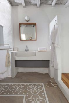 Weekend Escape: Coco Mat Eco Residences On Serifos Home Interior Design, Bathroom Inspiration, Painted Floors, Beautiful Bathrooms, Island Decor, Straw Bale House, House Interior, Bathroom Design, Bathroom