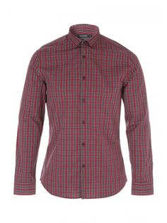 Add an iconic check to your shirt this season with this men's long sleeve number. Featuring a classic tartan check this is a smart option to get ready for th...