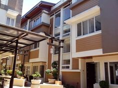 Elegant Metro Manila Properties: THE TORII RESIDENCES High-End Townhouse for Sale i... Manila, Townhouse, Pergola, Outdoor Structures, Elegant, Street, Outdoor Decor, Home Decor, San Juan