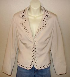 Metro 7 Beige Blazer Studs with Snap Front Sz: 10 Feminine with an edge! #Metro7 #Blazer