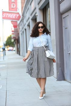 I would kill for her wardrobe!!Chambray and Gingham Skirt