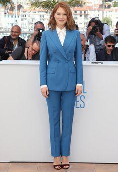 léa seydoux terno blazer azul looks