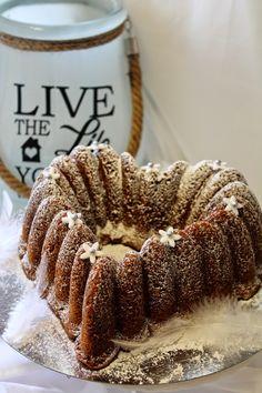Kakkuviikarin vispailuja!: Kardemummakakku Coffee Cake, Cooking Recipes, Sweets, Meat, Baking, Desserts, Food, Cakes, Christmas