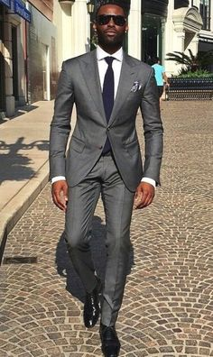 Mens fashion app proper dressing in 2019 suit fashion, mens Mens Fashion App, Suit Fashion, Black Mens Fashion Suits, Sharp Dressed Man, Well Dressed Men, Terno Slim Fit, Street Style Inspiration, Fashion Business, Suit Combinations