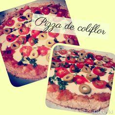 Pizza de coliflor son carbohidratos Encontra la receta en: https://m.facebook.com/comesano.cambiatuvida.com.ar #paleo #saludable #comida #sinharina #sincarbohidratos #coliflor #pizza #napolitana #tomate #food