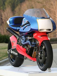 mo britten V1000. pure porn - repined by http://www.motorcyclehouse.com…