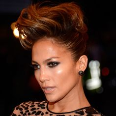 Jennifer Lopez went for a funky fauxhawk at the 2013 Met Gala