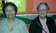 Mamãe e Terezinha fazendo compras no Sondas