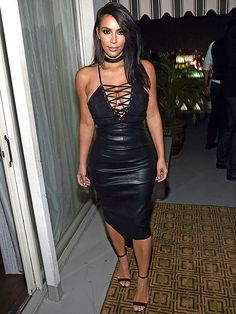 Kim Kardashian West Shows off Cleavage in Skin-Tight Dress at GQ Magazine Party in LA http://stylenews.people.com/style/2016/06/29/kim-kardashian-cleavage-dress-gq-magazine/
