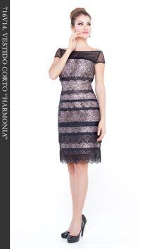 """Vestido Corto con puntilla color negro combinado con tafeta color nude. Ref. 716V14 """"Harmonia"""""""