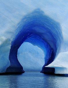 Passagem azul.