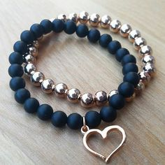 Gold bracelets, bangles and manacles, find out exciting styles and contemporary appearance. gold bracelets for men Gemstone Bracelets, Diamond Bracelets, Handmade Bracelets, Jewelry Bracelets, Handmade Jewelry, Rose Gold Jewelry, Beaded Jewelry, Schmuck Design, Stretch Bracelets