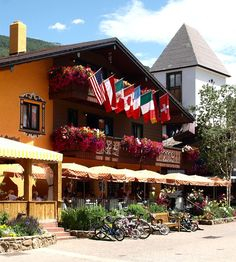 Ski Resorts/Hotels in Vail, United States >>  With a stay at Hotel Gasthof Gramshammer, you'll be centrally located in Vail, steps from Cogswell Gallery and Colorado Ski and Snowboard Museum. This ski hotel is within close proximity of Vail Ski Resort and Vail Valley Medical Center.  See Photos & Booking Options here http://www.lowestroomrates.com/avail/hotels/United-States-of-America/Vail/Hotel-Gasthof-Gramshammer.html?m=p  #SkiVail