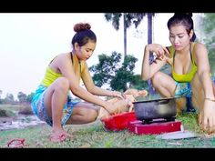 Beautiful girl Cooking village chicken Recipe - How to Grill Chicken Traditional in my Village style - YouTube