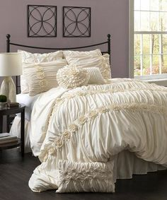 These ruffle beds look so inviting! Especially in 12 degree Pennsylvania weather, eep!!