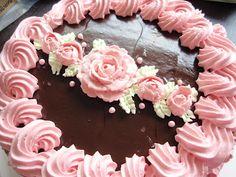 Marian pieni leipomo - Maria's little bakery: Kakku Lauralle / Cake for Laura