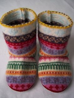 Baby Shoes – Baby Boots made from repurposed wool sweater – a unique product by littlegreenbag on DaWanda