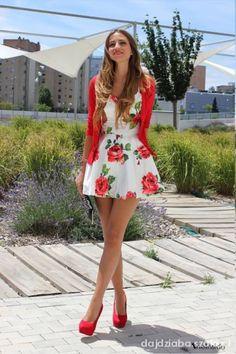 sukienka w kwiaty rozkloszowana - Szukaj w Google