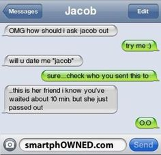 Text Fail To Crush Funny Text Messages Funny Text Fails Crush Relationships Autocorrect Fail. 9gag Funny, Funny Texts Jokes, Funny Sms, Text Jokes, Funny Texts Crush, Cute Texts, Stupid Funny Memes, Funny Quotes, Crush Funny