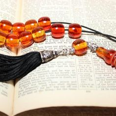 Beautiful cognac color worry beads, Greek Komboloi
