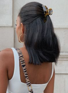 Clip Hairstyles, Cute Hairstyles For Short Hair, Trendy Hairstyles, Hairstyles For Medium Length Hair, Shoulder Length Hairstyles, Hairstyles For Working Out, Hairstyles For Women, Pretty Hairstyles For School, Shoulder Length Black Hair