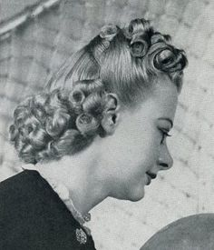 Hairstyles for Long Hair 1930s Hairstyles, Popular Hairstyles, Twist Hairstyles, Straight Hairstyles, Fancy Hairstyles, Growing Out Short Hair Styles, Growing Out Bangs, Short Curly Hair, Curly Hair Styles