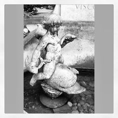 Cherub in the courtyard of St James's Church, Piccadilly