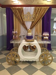 Gold and purple royal princess baby shower! See more party planning ideas at Cat. - Dessert tables on Catch My Party - Baby Tips Shower Party, Baby Shower Parties, Baby Shower Themes, Shower Ideas, Purple Baby Shower Decorations, Royal Baby Shower Theme, Shower Cake, Fiesta Baby Shower, Baby Shower Purple