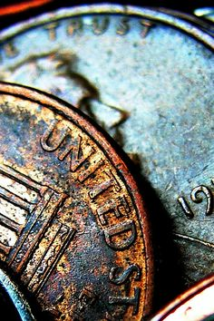 17 Awesome Macro Photography Ideas for Beginners A close up photography shot of coins with peeling colour cool macro photography ideas The post 17 Awesome Macro Photography Ideas for Beginners appeared first on Fotografie. Micro Photography, Object Photography, Texture Photography, Close Up Photography, Photography Classes, Photography Projects, Photography Equipment, Abstract Photography, Creative Photography