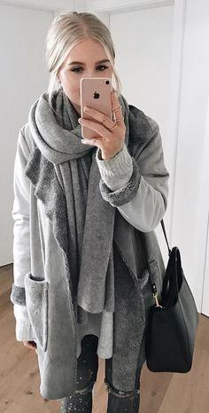 #winter #fashion / Nuance Of Grey / Grey Scarf & Coat