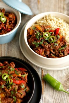 Curry, Beef, Dishes, Ethnic Recipes, Pink, Food, Ropa Vieja, Cilantro, Easy Meals