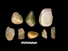 """""""Are the tools used in the Barren plateau million years old?"""" The Ares Archeology research project find materials of various kinds with some consist of stone tools found in varied types and the oldest relate to the first humans that inhabited the Iberian Peninsula, as Homo ergaster or homo antecessor. ----     Hallan en La Alcarria herramientas usadas hace un millón de años"""