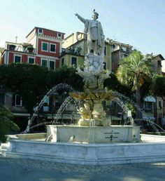 Santa Margherita Italy a statue of Christopher  Columbus