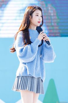 Cute Asian Girls, Kpop Girls, Korean Girl, Korean Fashion, Bell Sleeve Top, Turtle Neck, Female, Celebrities, Sweaters