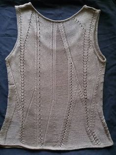 Knitting Paterns, Knit Patterns, Knitting Projects, Stitch Patterns, Crochet Fashion, Summer Tops, Knitwear, Diy And Crafts, Knit Crochet