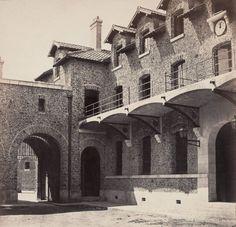 Prison de la Santé. Paris XIVe. Circa 1868 | Photographe : Charles Marville Prison, Paris Ville, France, Architecture Old, Historical Photos, Notre Dame, The Past, History, Building