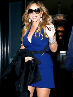 Star Tracks: Friday, January 16, 2015 | FEELING BLUE | Hot on the heels of her Las Vegas residency announcement, Mariah Carey grabs a bite to-go in L.A.