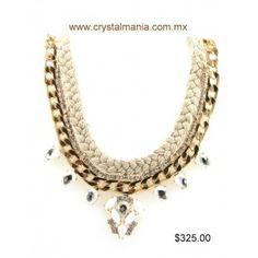 Set de collar y aretes dorados con cristales e hilo en color beige estilo 30318