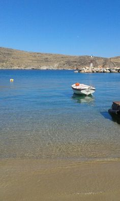 Ahladi Beach (Αχλάδι παραλία) in Σύρος, Κυκλάδες