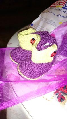 Botitas de bebé de ganchillo