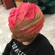 Finger waves look undeniably flawless! We gathered fantastic photos of these hair styles and found a super-easy tutorial. Amp up your hair game! Hairstyles With Bangs, Pretty Hairstyles, Girl Hairstyles, Black Hairstyles, Haircuts, Korean Hairstyles, Vintage Hairstyles, Braided Hairstyles, Short Brown Hair