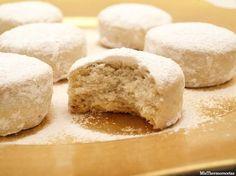 Nevaditos - MisThermorecetas Sweet Cooking, Cooking Chef, Sweet Recipes, Cake Recipes, Dessert Recipes, Beignets, Banana Upside Down Cake, No Egg Desserts, Mantecaditos