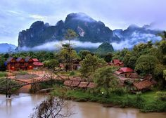 Planning a trip to Vang Vieng? We've got the best itinerary and ideas for what to do in 24hrs there! Come on over to our blog and read all about it! (March 2017)  #24hrsVangVieng #Tips #Travel #Expat #ExpatTravel #VangVieng #Laos #SoutheastAsia