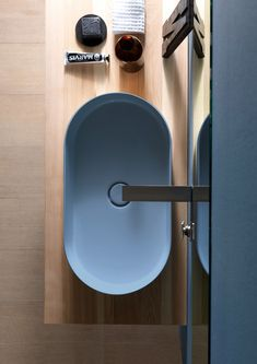 The Design Walker Bathroom Drain, Bathroom Spa, Bathroom Toilets, Bathroom Colors, Bathroom Fixtures, Modern Bathroom, Washroom, Restroom Design, Bathroom Interior Design